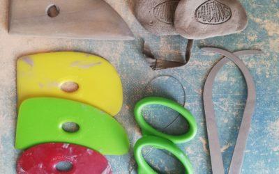Le matériel de poterie indispensable